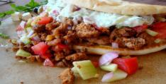 Greek Salad Pita with Ground Lamb
