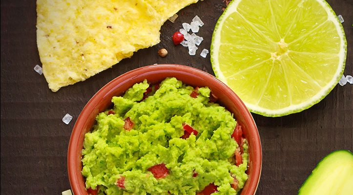 7 Ingredient Garlic Red Pepper Chipotle Guacamole
