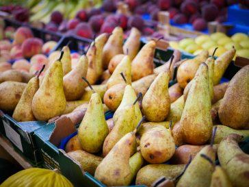 #thursdaythrive   Pears