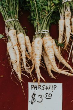 #thursdaythrive    Parsnips